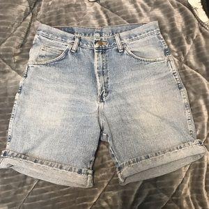 "Vintage Wrangler ""Mom"" Shorts"